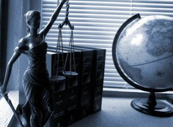 66915075-lady-justice-2388500_640.jpg